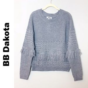 BB DAKOTA Mix It Up Gray Knit Fringe Sweater XS